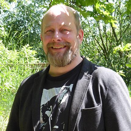 Dr. Knut Knackstedt
