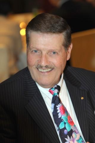 Robert W. Huber,
