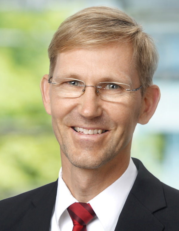 Dr. Stefan Senitz
