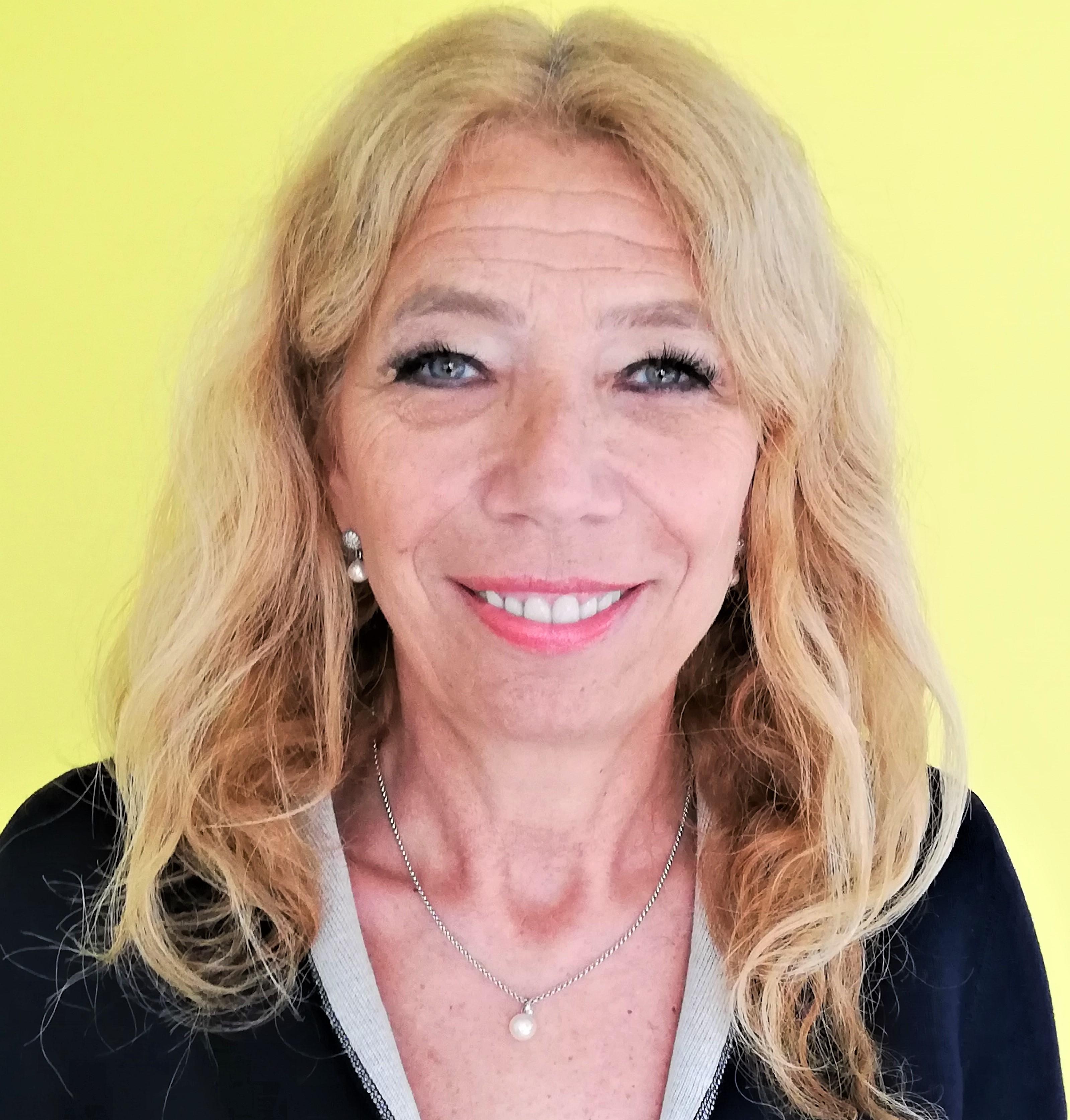 Dr. Lisa Federle