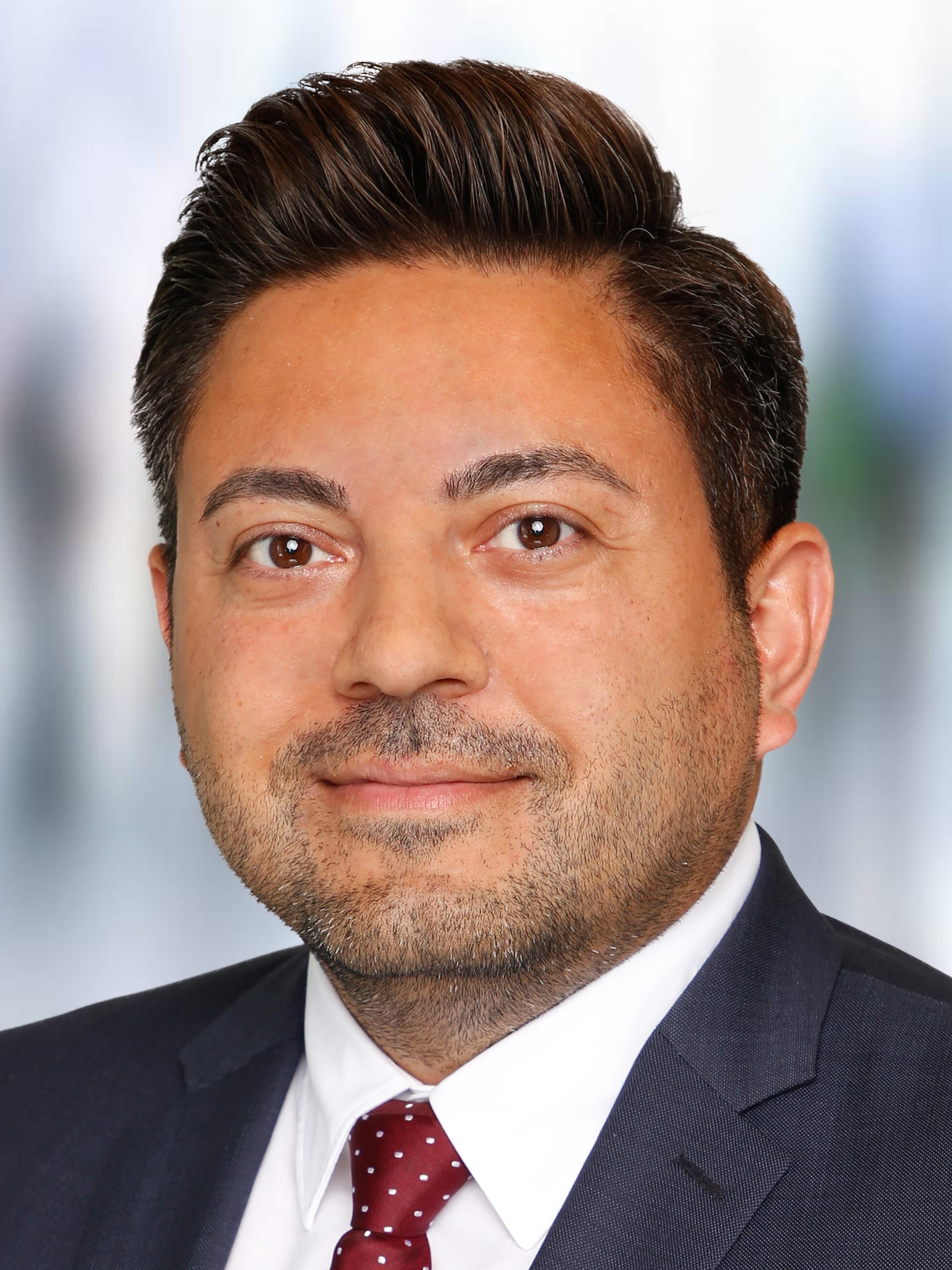 Dr. Köksal Sahin