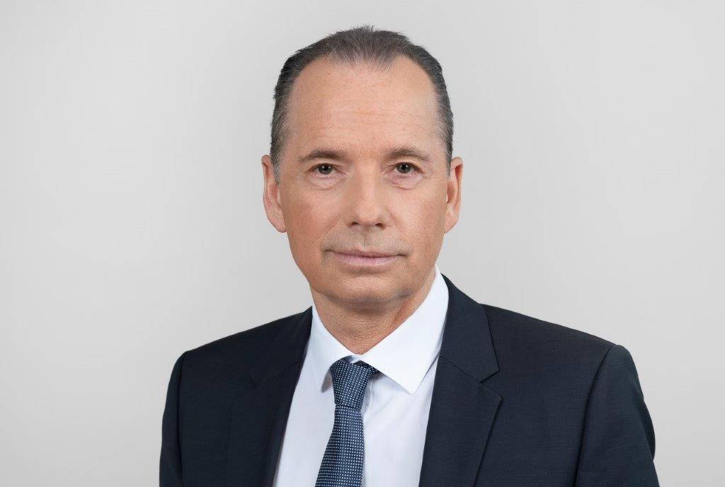 Dr. Ulrich Link