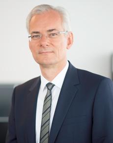 Dr. Dirk Altenbeck