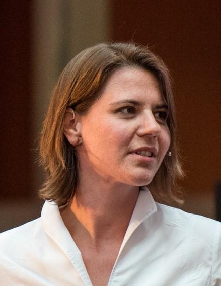Dr. Sarah Wolff