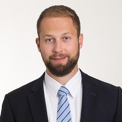 Dr. Sascha Genders